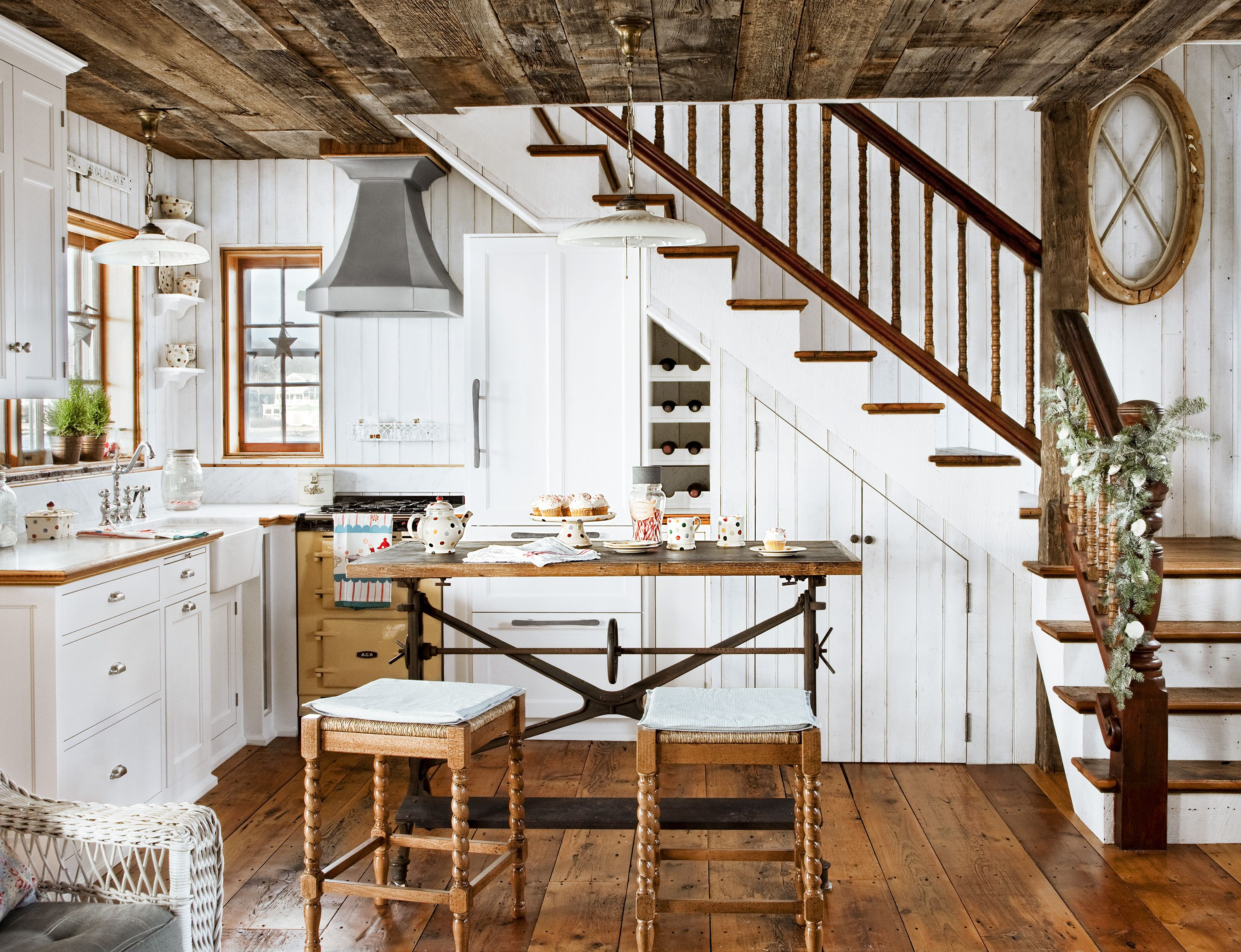 How To Design A Cozy Cottage Style Interior Coastal Cottage Kitchen Country Cottage Kitchen Cottage Kitchen Design
