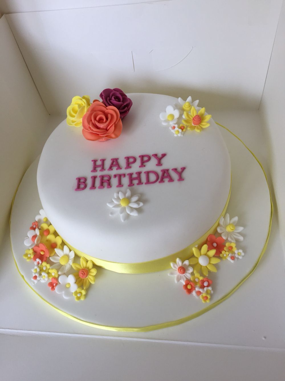 Simple Flower Birthday Cake My Cake Creations Pinterest Flower