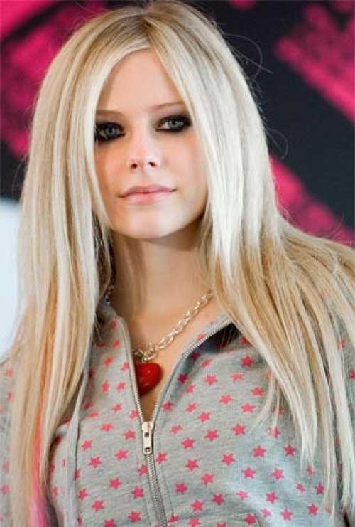Avril Lavigne Hairstyles Jpg 500 741 Abgehackte Haarschnitte Abgehackte Frisuren Frisuren Langhaar