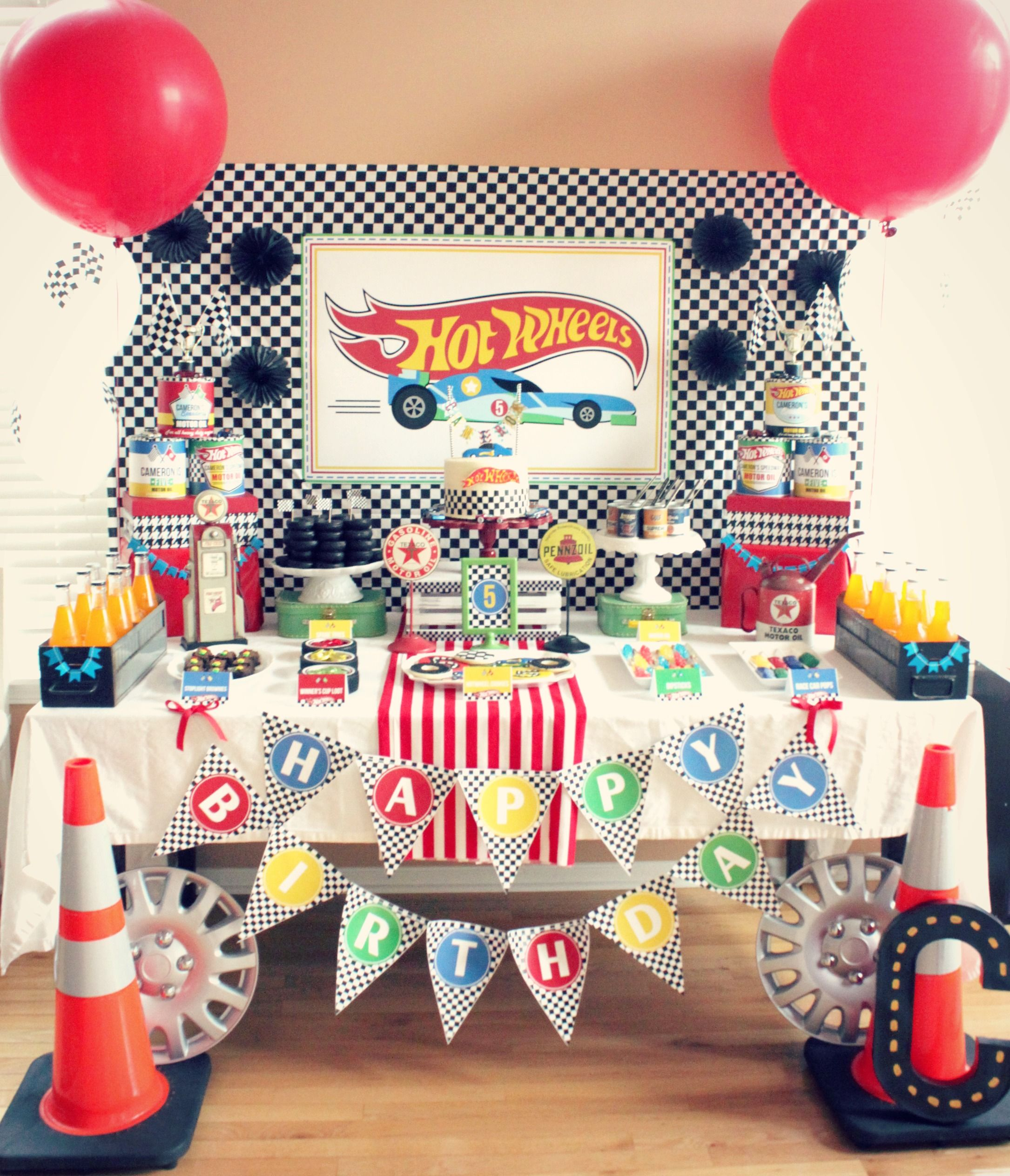 Simple Wedding Car Decoration Ideas: We Heart Parties: Hot Wheels Birthday Party