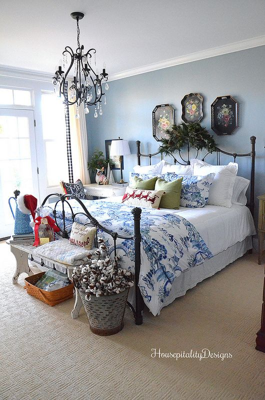My Blue And White Christmas Guest Room Sleeping Room Design French Country Guest Room Blue Rooms