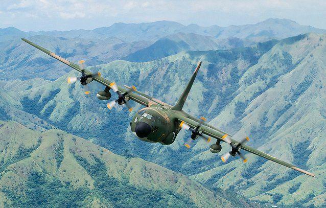 "Lockheed C-130 Hercules anexado para o GAT n º 6 ""Pegasus"" ""ao longo do tempo, em todo lugar"" @britonszki"