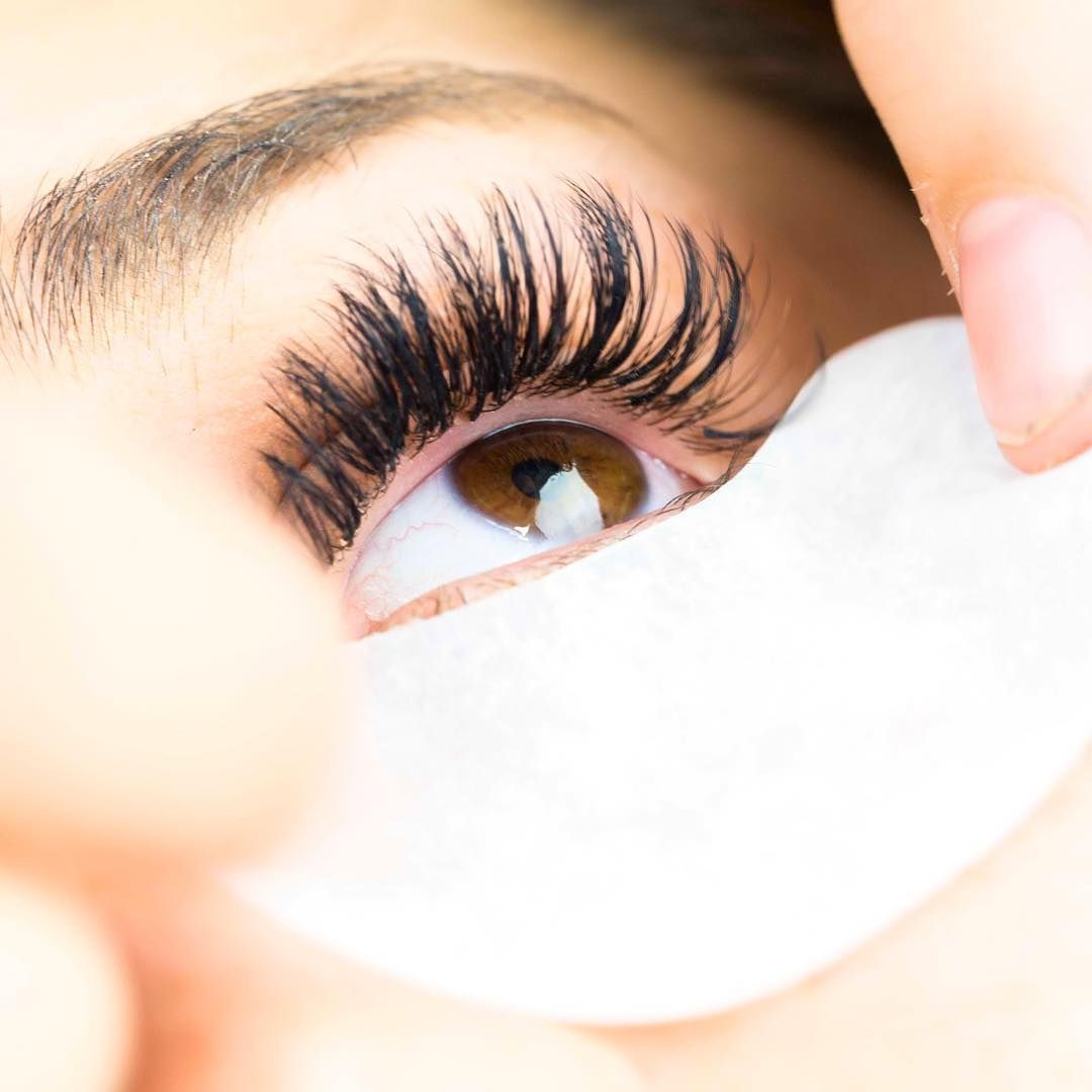 Eyelash Extensions The Splurge You Deserve: Gel Patch Tips! 1. Ask Your Client To Open Their Eye And