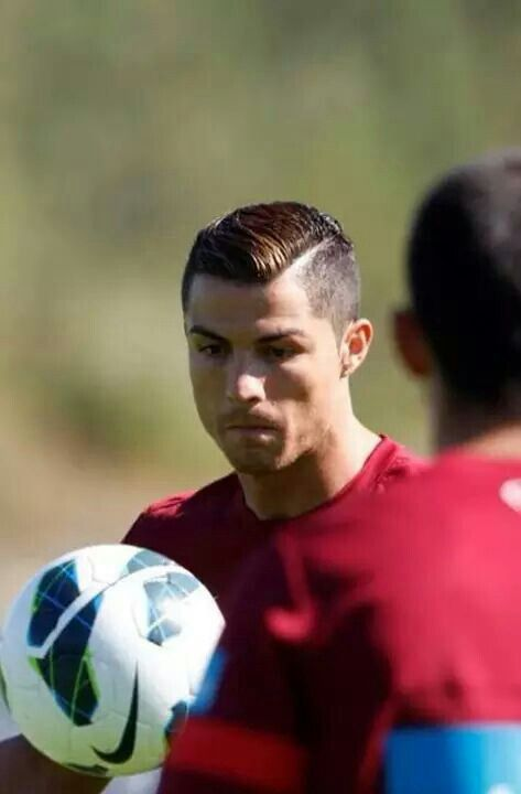 Lined Up Comb Over With Color Ronaldo Hair Cristiano Ronaldo Hairstyle Hair Styles