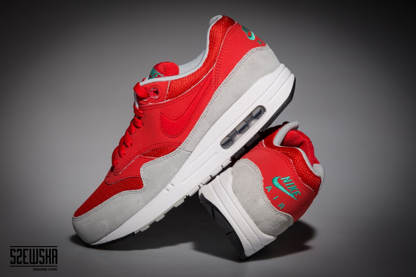 Nike Air Max 1 | 537383-600 | goo.gl/gfa10I