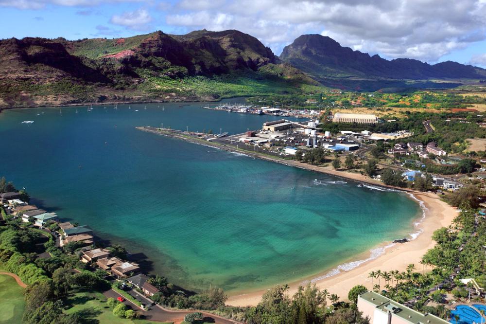 Garden Island Inn Lihue Kauai Hotels In Hawaii In 2020 Hawaii Hotels Kauai Vacation Island Inn