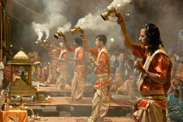 Assister à la cérémonie de l'Aarti a Varanasi
