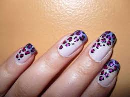 I love this leopard nail design