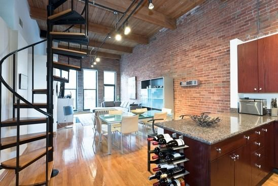 Chicago Loft Decor Is Too Modern For Me But The E Amazing