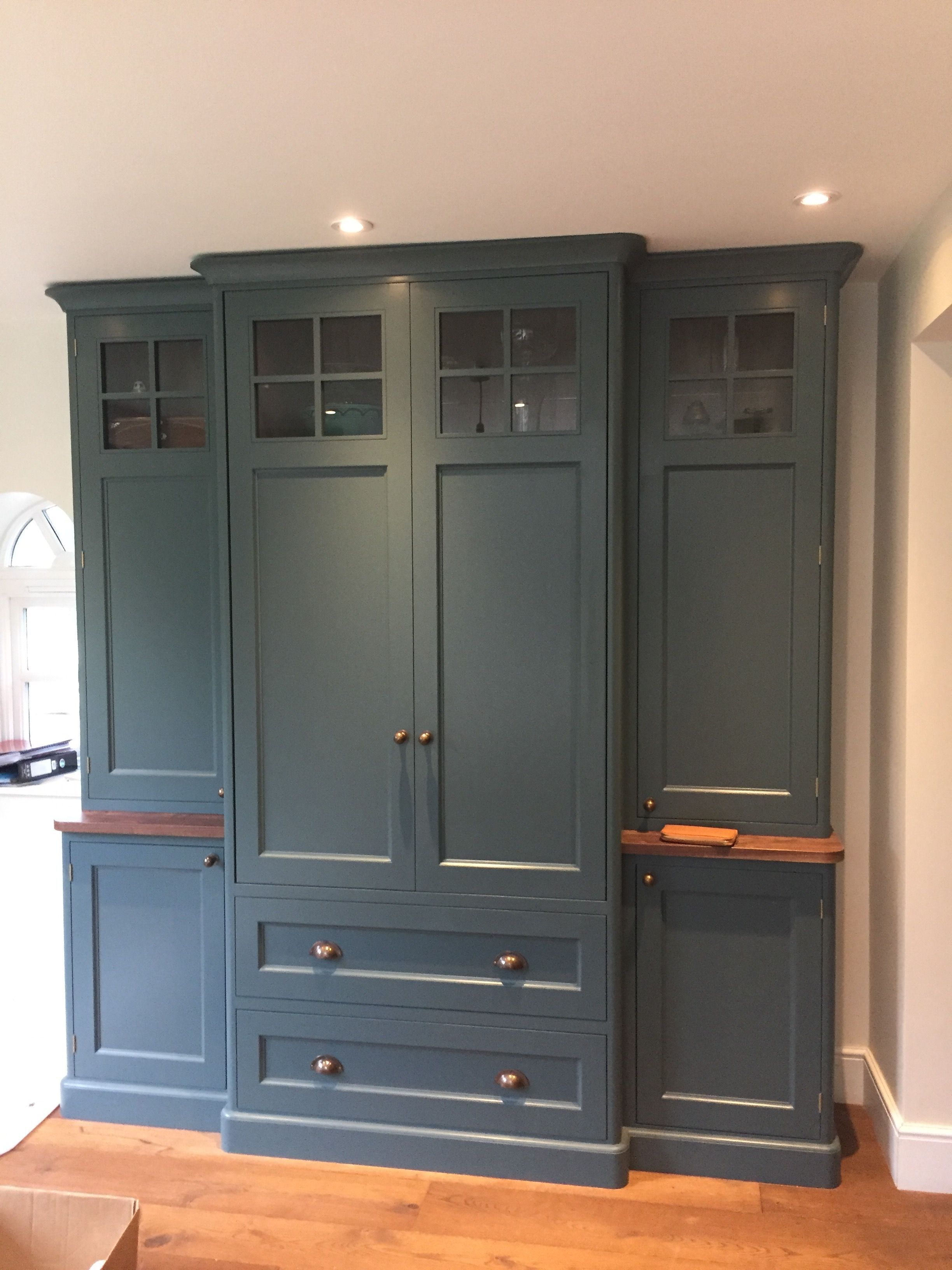 Best Farrow And Ball Inchyra Blue Cabinetry Hand Patinated 640 x 480