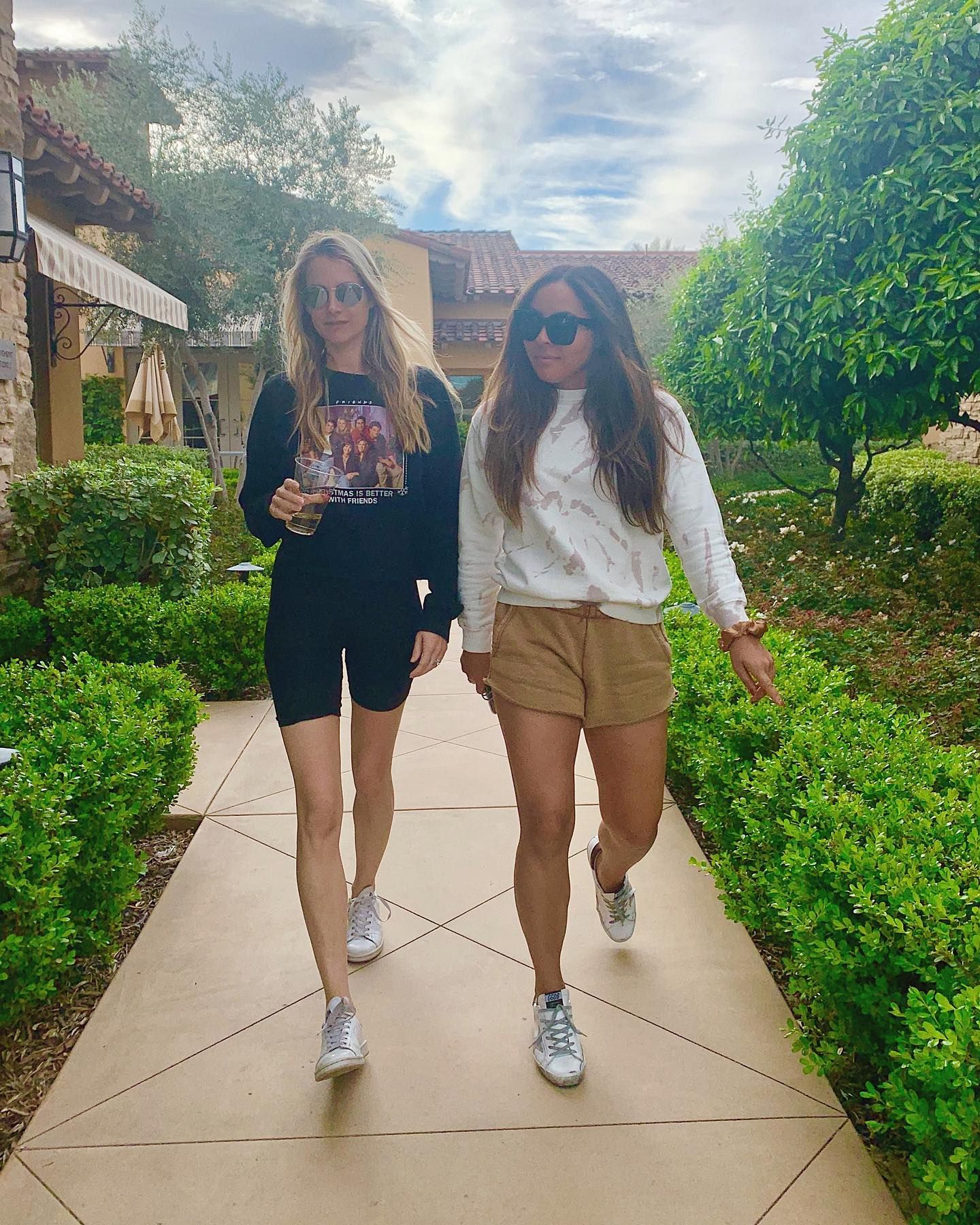 Took My Lexit Out Of Palm Springs Just In Time See Also C0urtney R Carey12345678 Sliving Stuffiworethisweek Megxit In 2020 Fashion Style Funny Memes