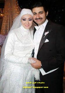 صور الفنانين المصريين وزوجاتهم صور زوجات الممثلين المصريين Fashion Nun Dress Movie Stars