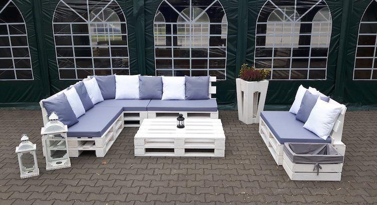 fabriquer salon de jardin en palette de bois 35 id es cr atives et inspirantes en 2018. Black Bedroom Furniture Sets. Home Design Ideas