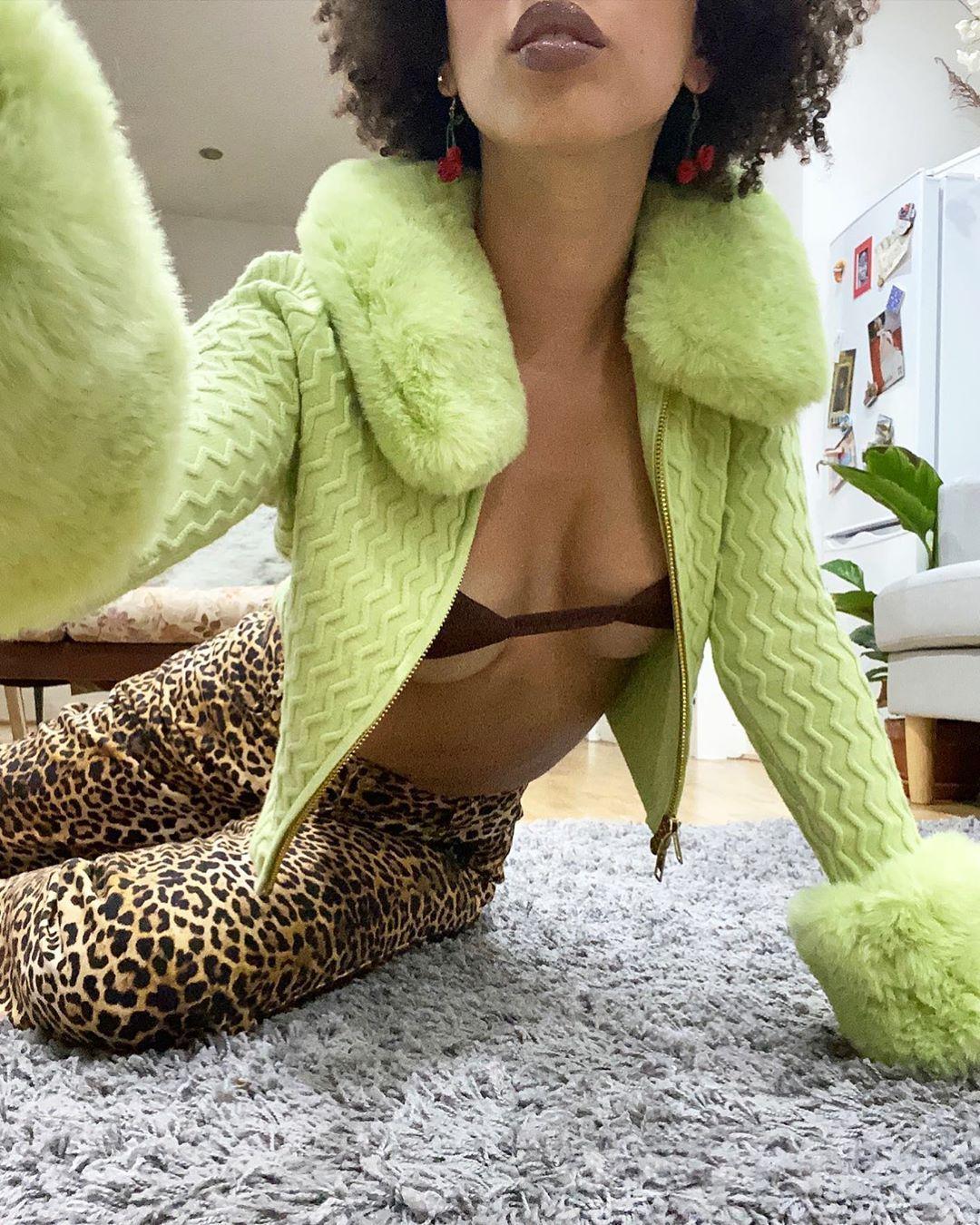 "1,282 curtidas, 21 comentários - House of Sunny (@houseofsunny) no Instagram: ""💚💚💚💚 Virtual via @pippamelody wearing Island peggy, coco bralette and jungle Jessie x Trip island🌊…"""