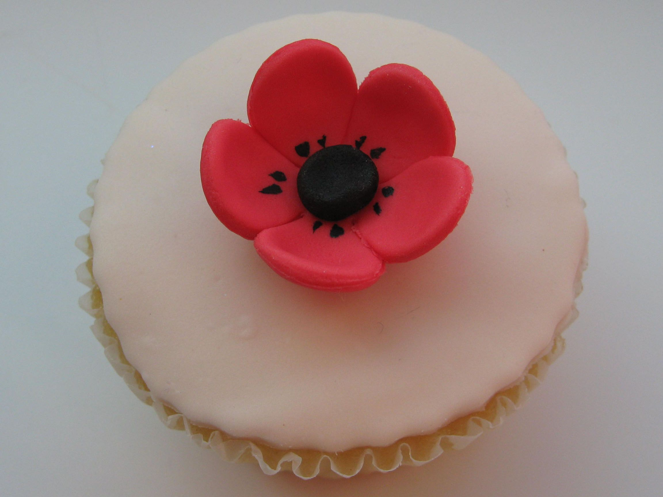 12 Sugar Icing Red Poppy Flower Cake Cupcake Decorations Pink
