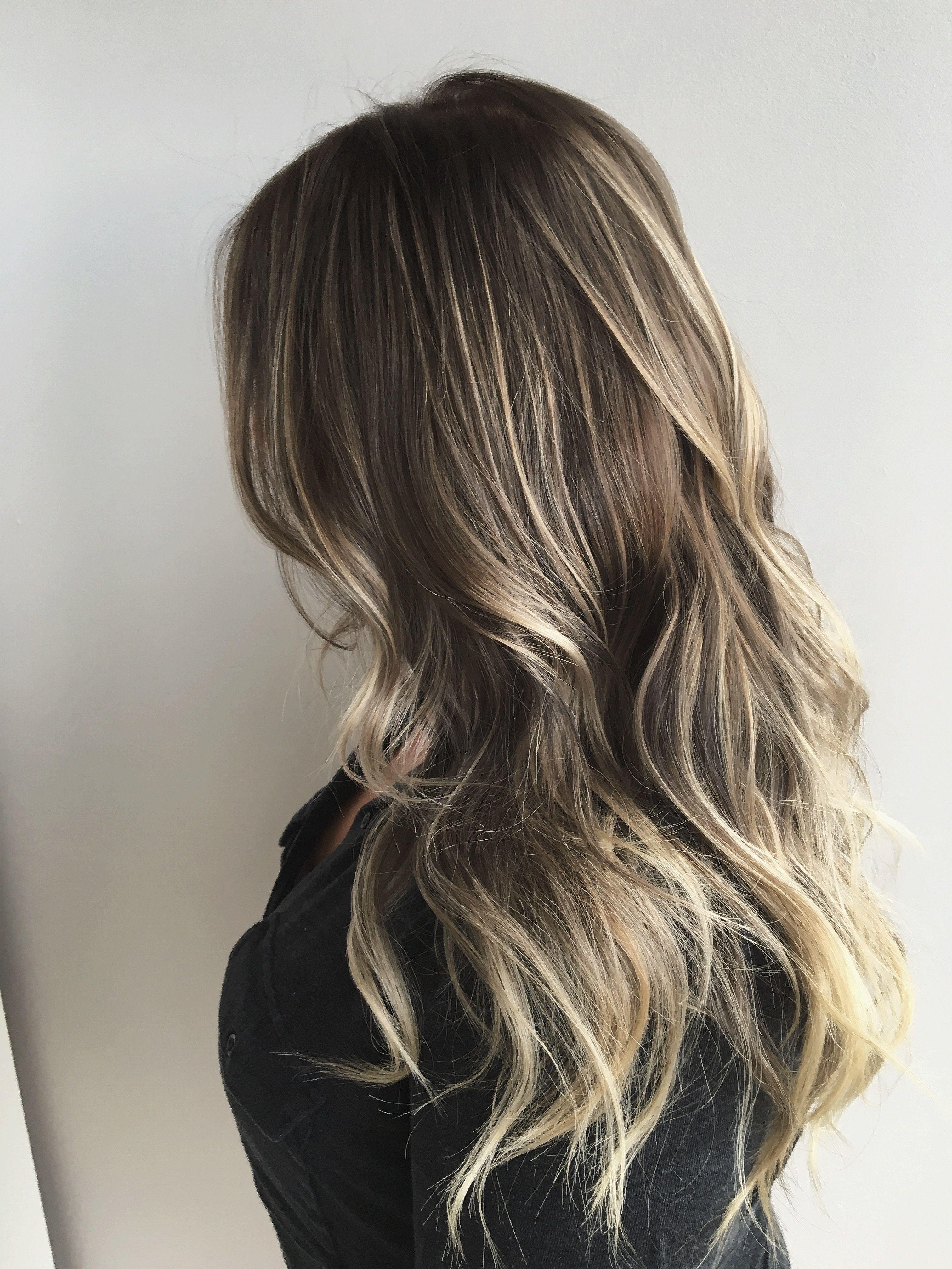 Dark brown hair with blonde. Dimensional brunette. Dark blonde hair. Long blonde hair. Extention hairstyles. Balayage on blonde hair. Blonde hair with lowlights.