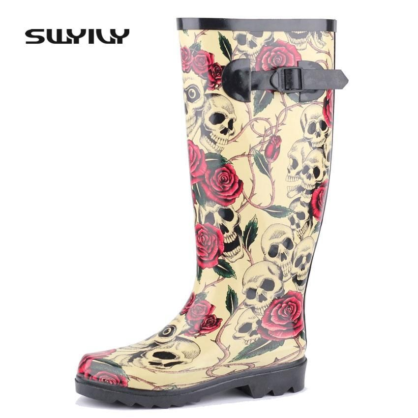 Women's Snow Boots Unique Designed Comfort Winter Boots Skulls and Roses Pattern