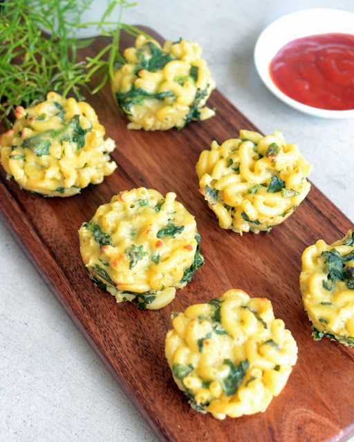 Spinach Mac and Cheese muffins