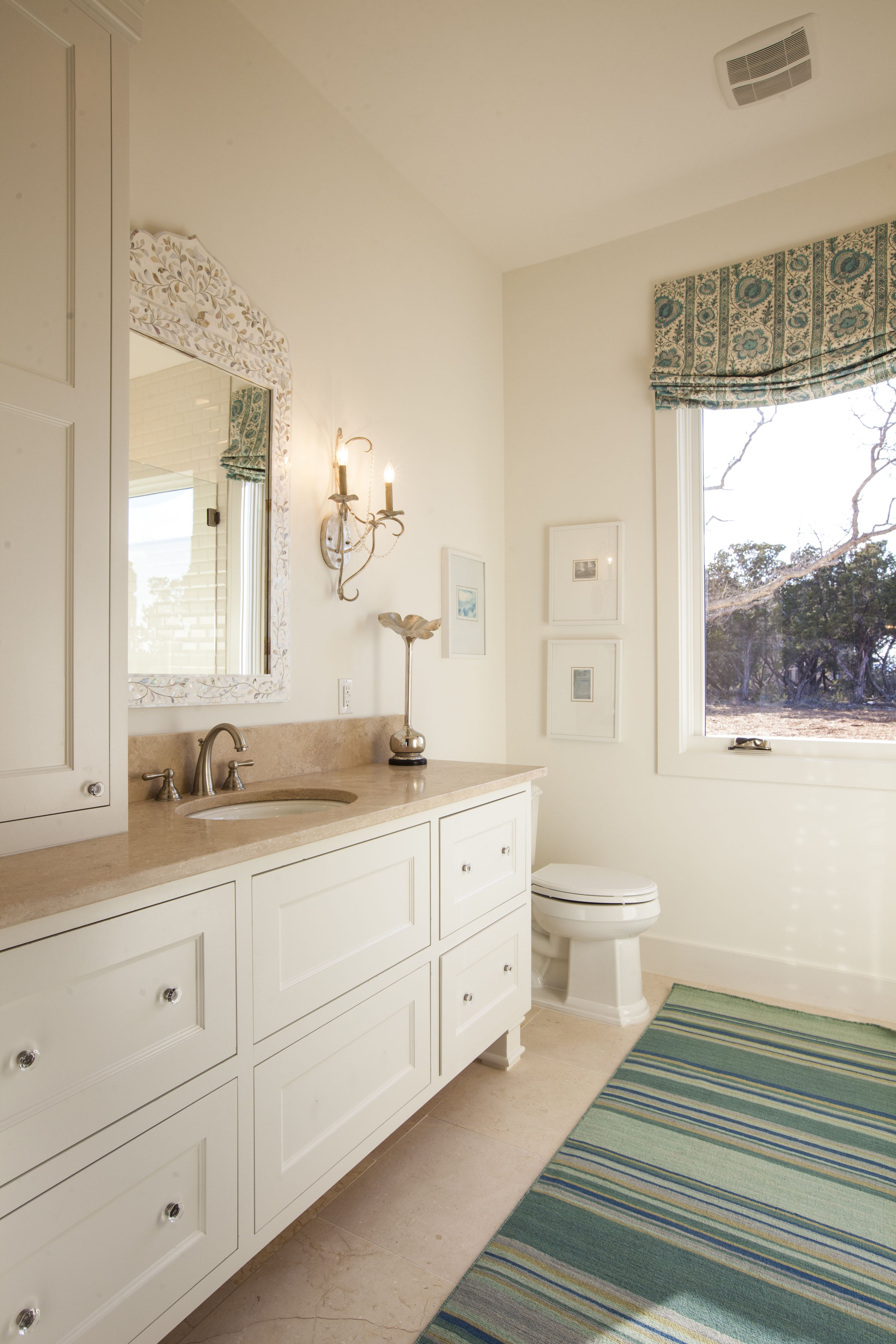 Southern Living Blue & Teal Bathroom, photography by Ryann ...