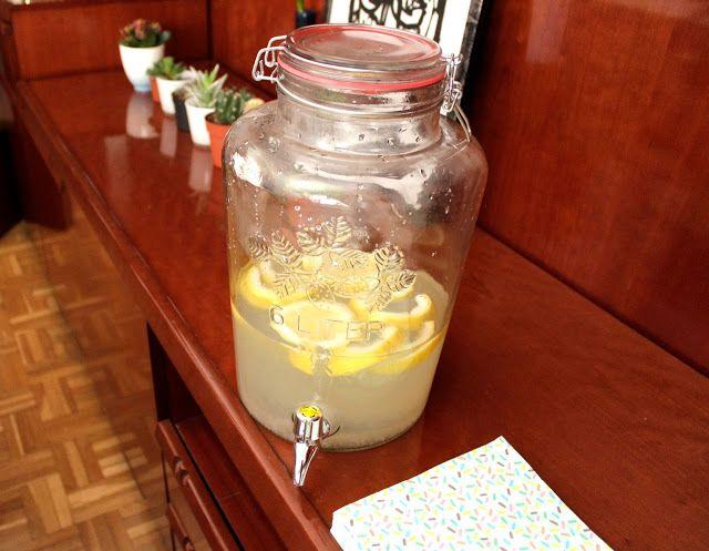 Dispensador de limonada
