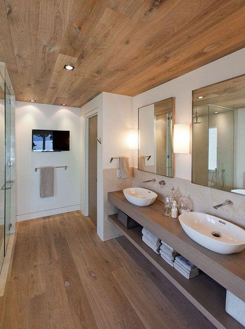 Badkamer met houten vloer en plafond | Master bathroom | Pinterest ...