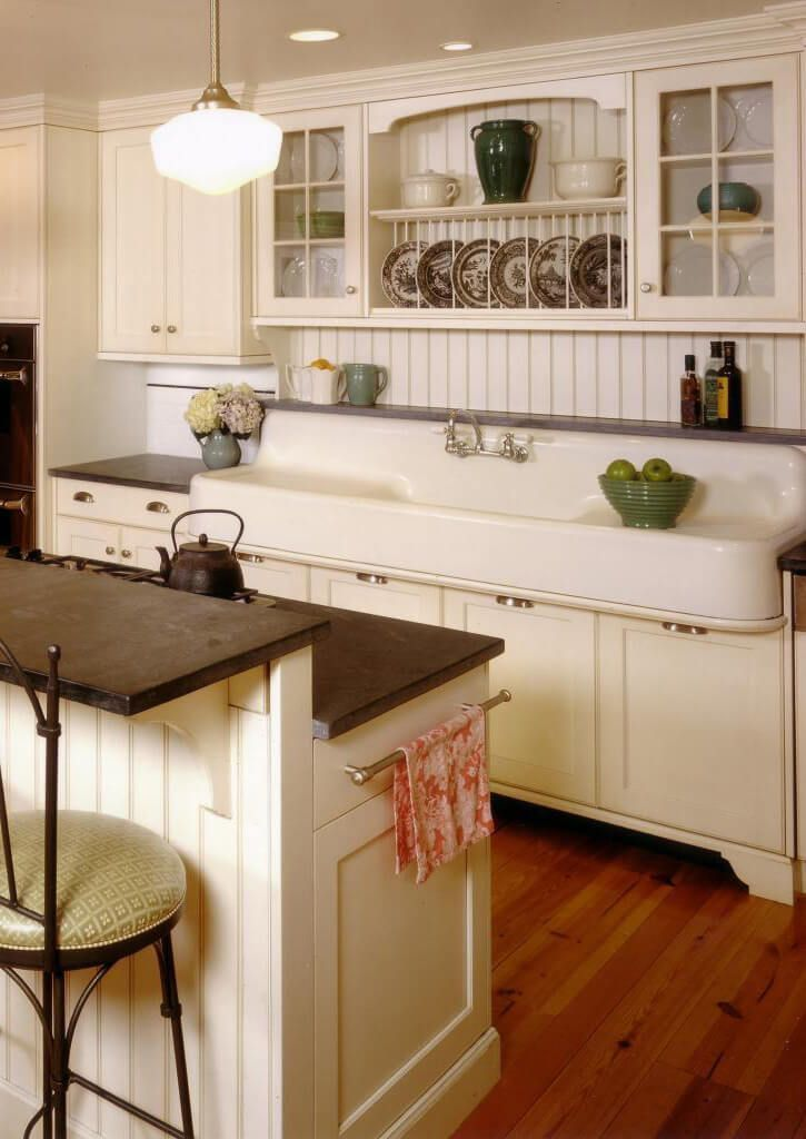 Schoolhouse Light Meets Farmhouse Sink #kitchenideas