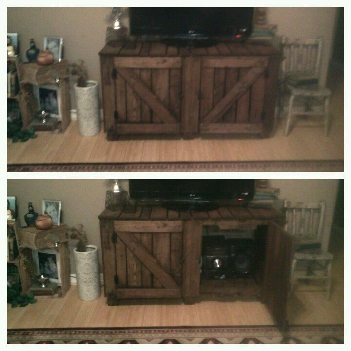 TV Stand Made Out Of Wooden Pallets TaDa For The Home