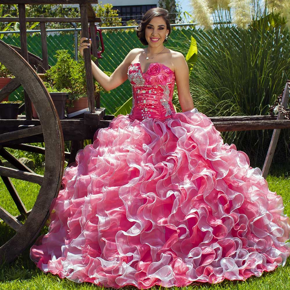 Encuentralo en http://chicdress.com.mx/xv-anos/66-xv01-k-vestido ...