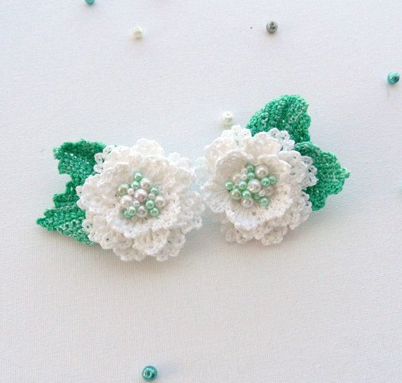 Set of 2 Crochet Flowers Brooches Made to by CraftsbySigita