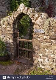 Bildresultat för garden gate dry stone wall