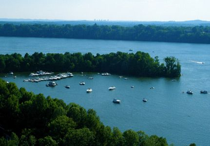 Old hickory lake is a reservoir in north central tennessee for Old hickory lake fishing