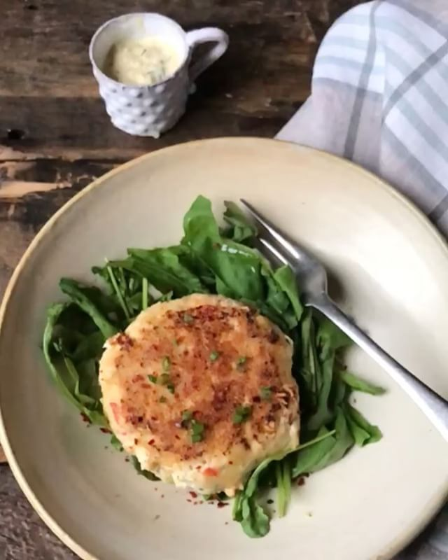 @whole30 Salmon Burgers! It's Been An Amazing Week With