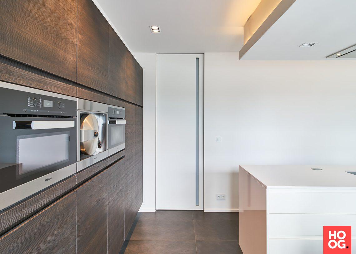 Anyway doors minimalistische binnendeuren met onzichtbare kozijnen