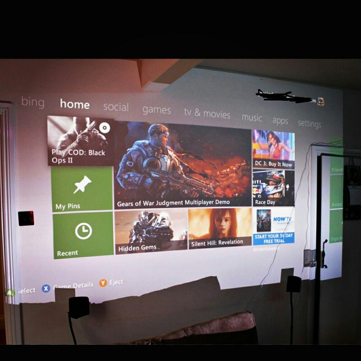 Projector gaming!!! gamingheadsetsbudget Gaming