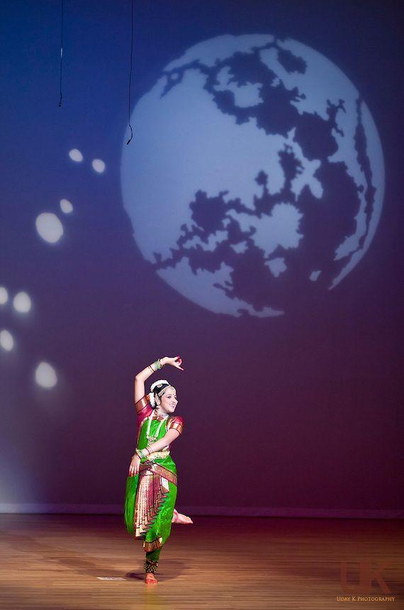 Manjari subramanian during her arangetram in garland for Arangetram stage decoration