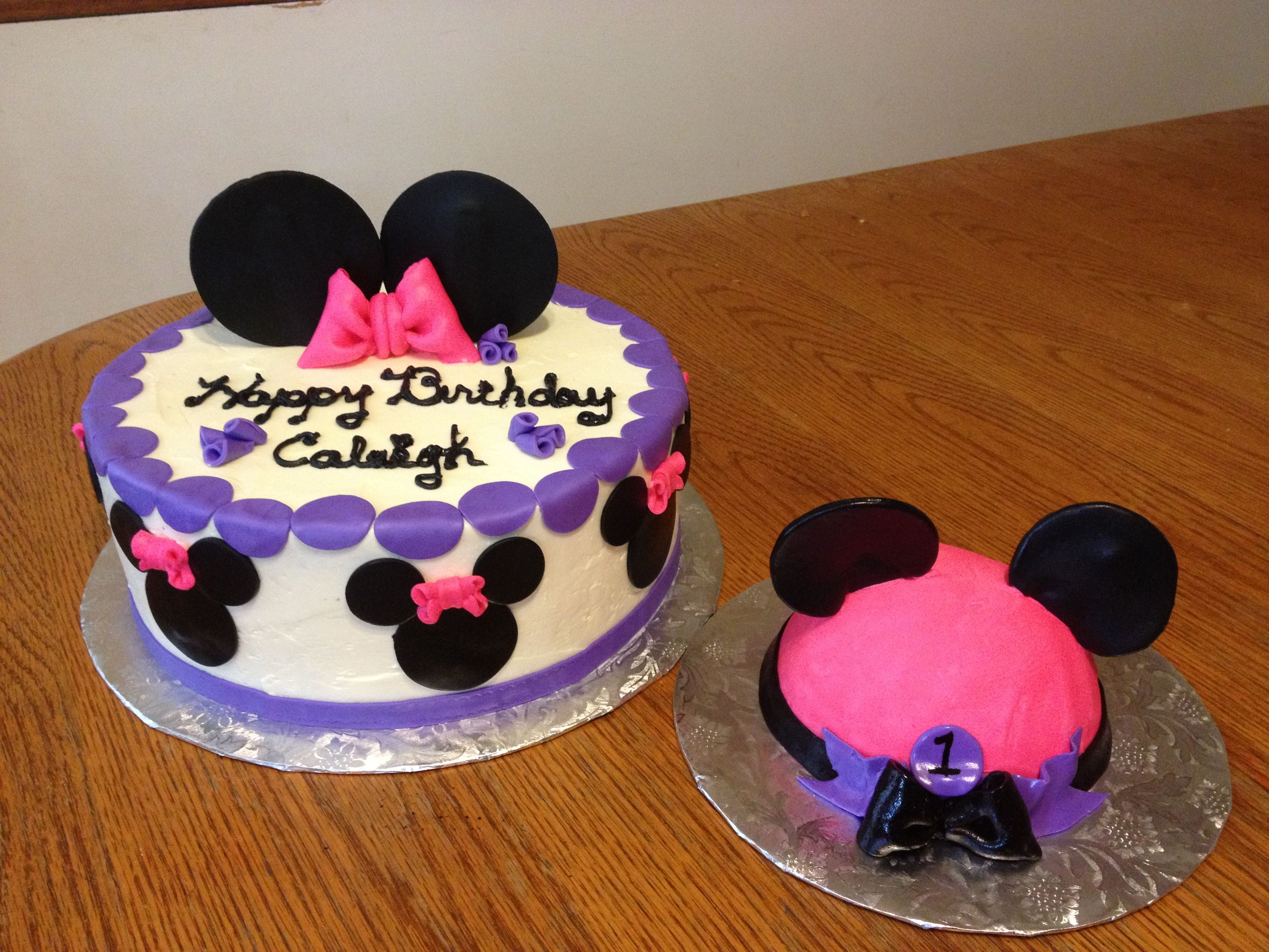 Mini mouse birthday cake and smash cake