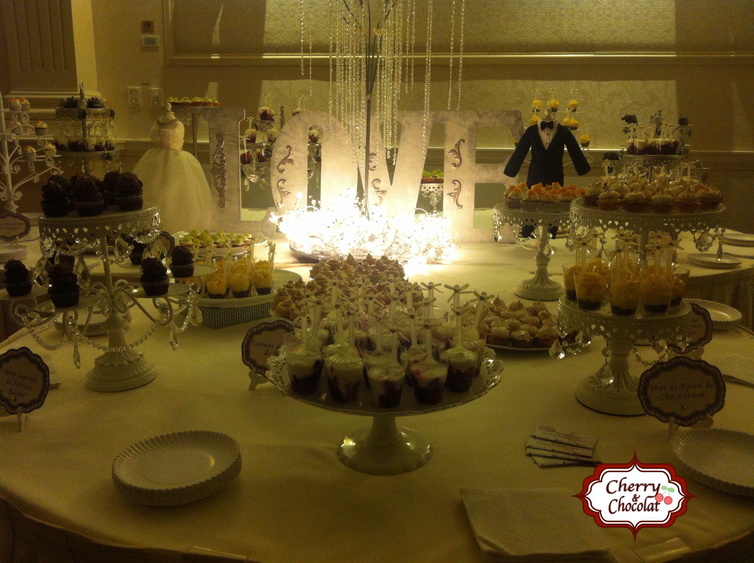 Mesa de postres para boda.... So romantic!!!