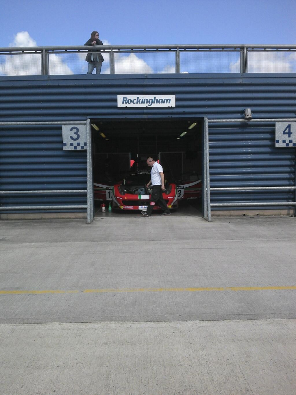 Andrew Lofthouse: @AFCorse garage @RockinghamUK ...