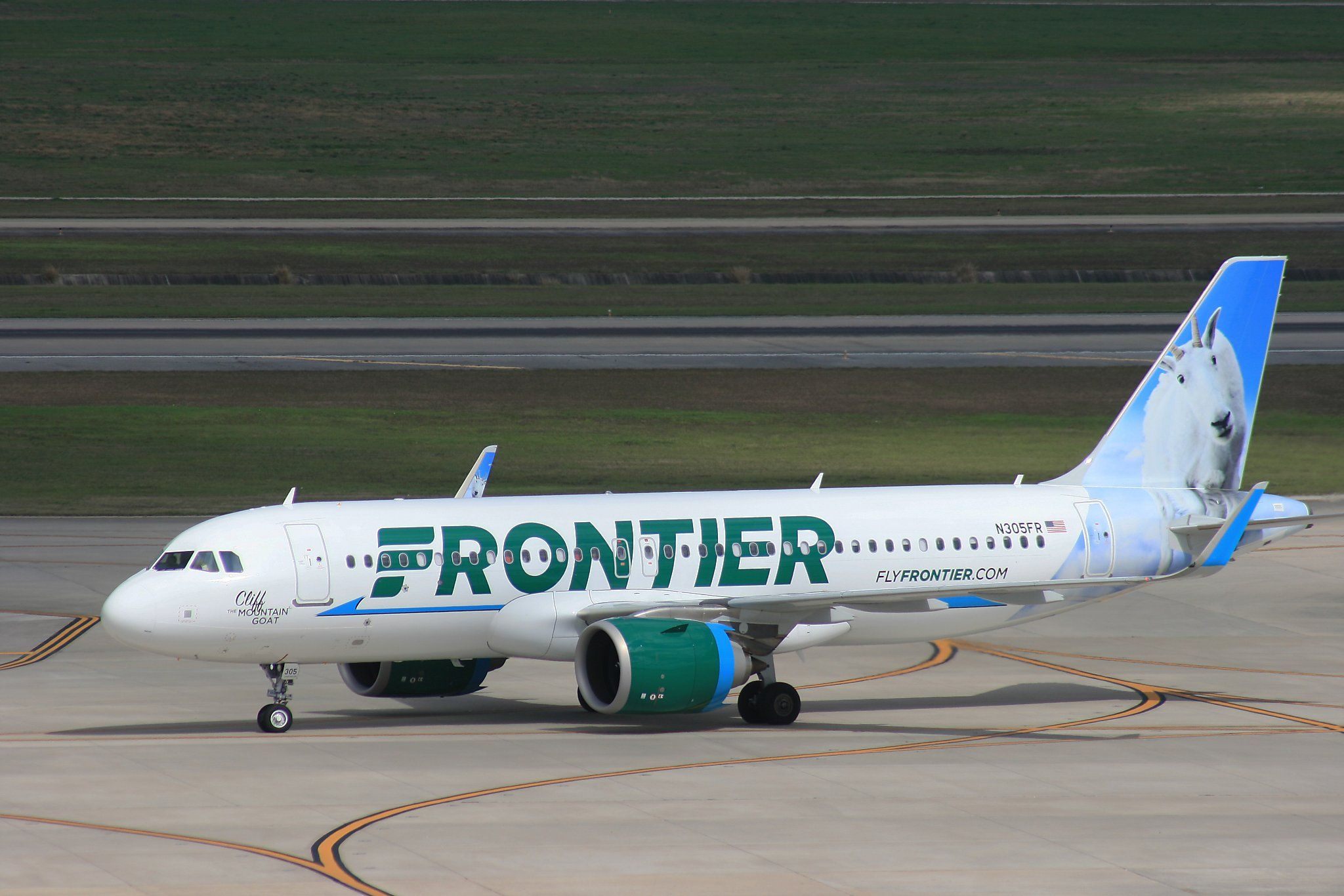Review 5 Things To Know When Flying Frontier Airlines On The Cheap In 2020 Airline Reservations Frontier Airlines