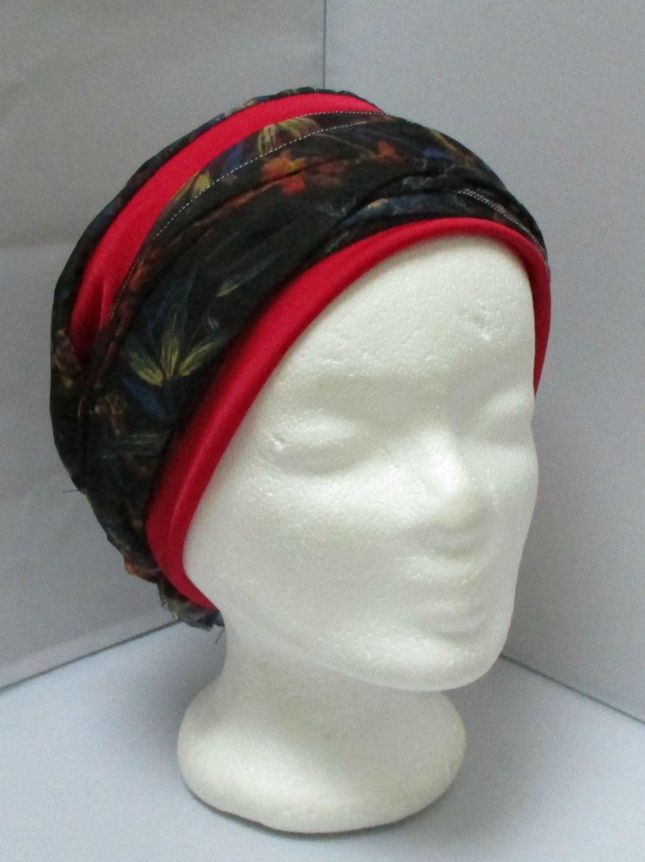 Turban à nouer préformé - Foulard - Bonnet - chapeau - bandeau chimio noir  fleuri bleu et rouge enlacé d un bandeau ef11cbb28a0