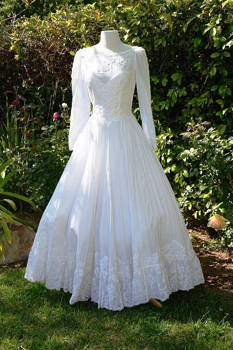Great Wedding dress Vintage s White Lace Mexican
