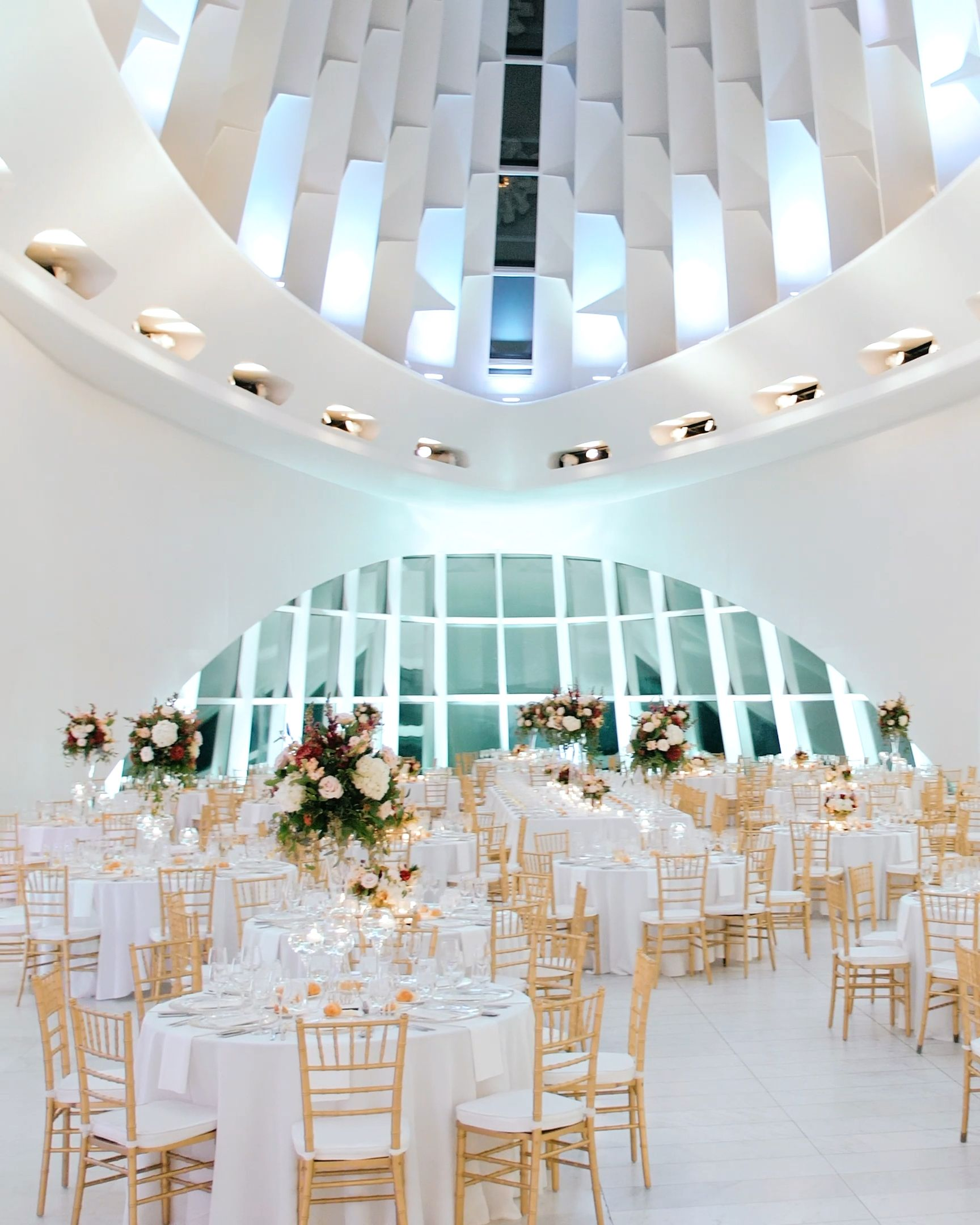 Gorgeous Milwaukee Art Museum Wedding