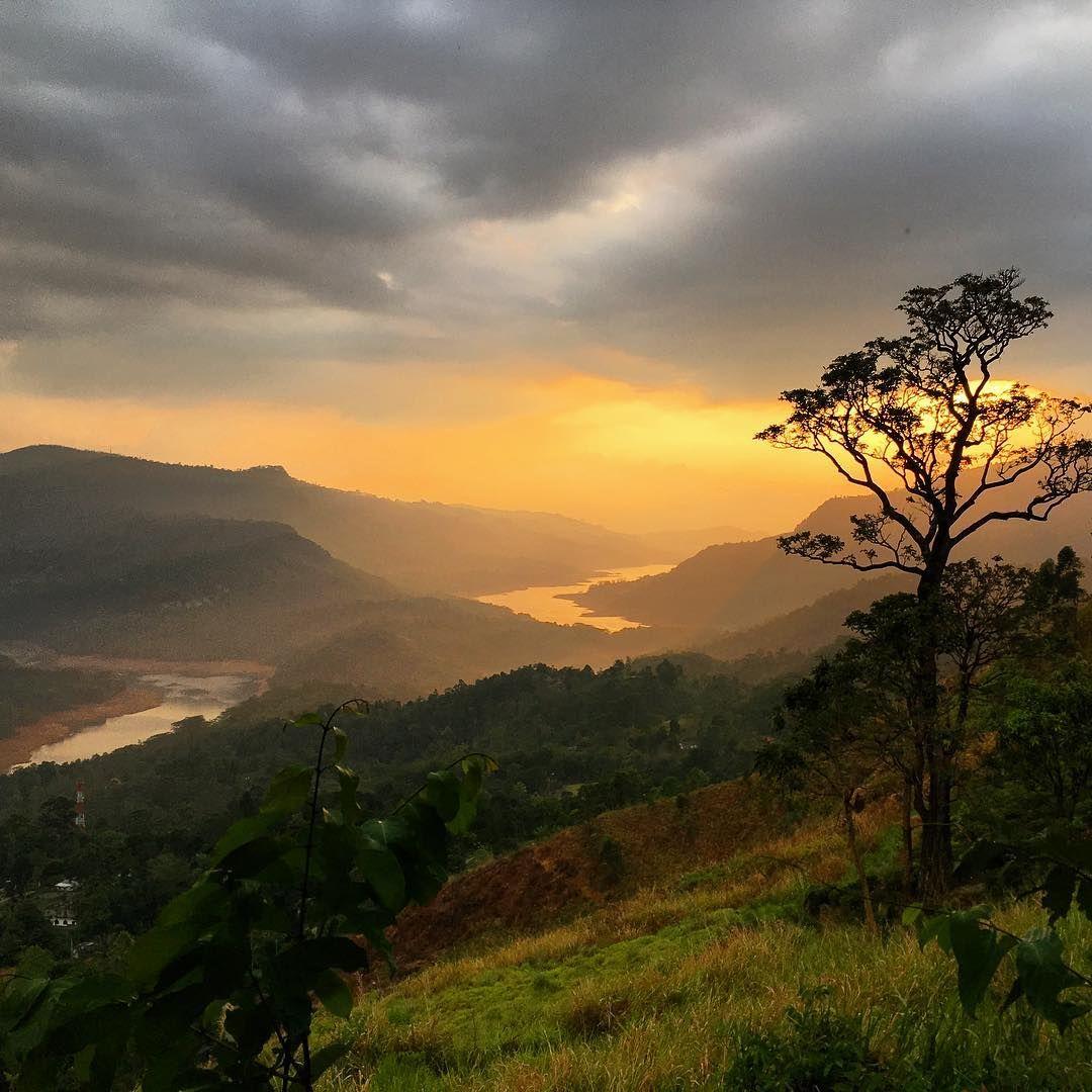 I Am Gonna Miss These Views Of Sri Lanka Srilanka Hillcountry Hills View Sunset I Am Gonna Miss These Views Of S Sunset Views Sunset Hill Country