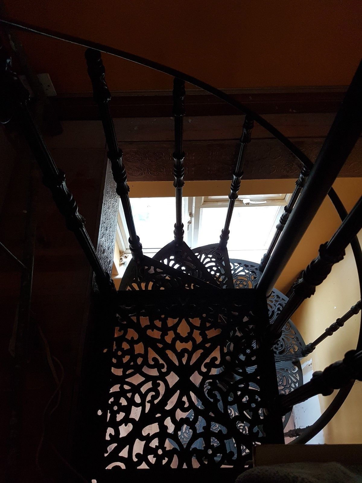 Best Victorian Style Ornate Spiral Staircase Spiral Staircase 400 x 300