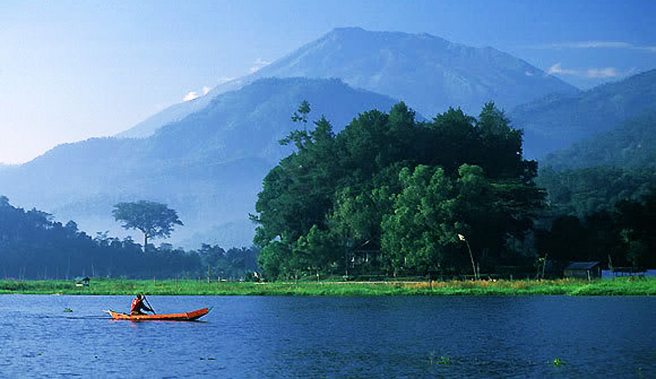 Sejarah Dan Lokasi Obyek Wisata Rawa Pening