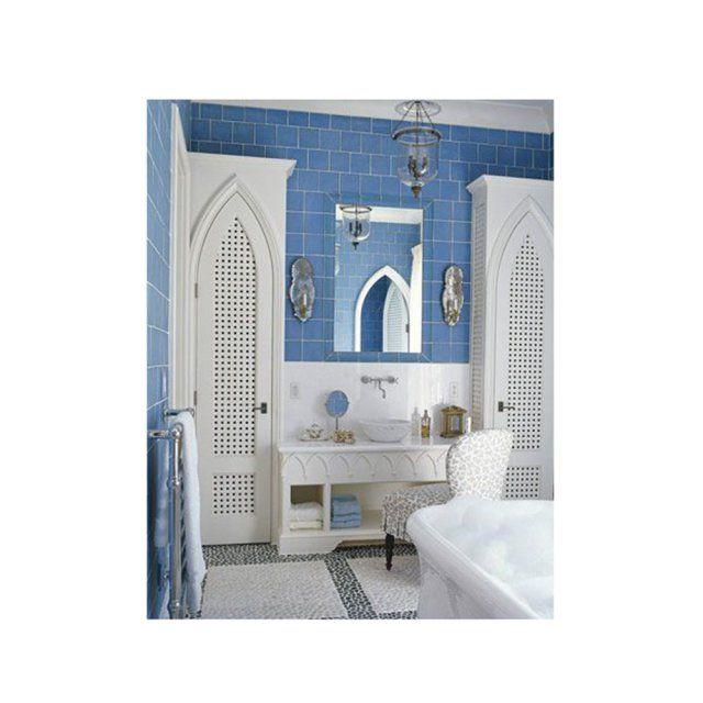 Salle De Bains Bleue Et Blanche Style Oriental