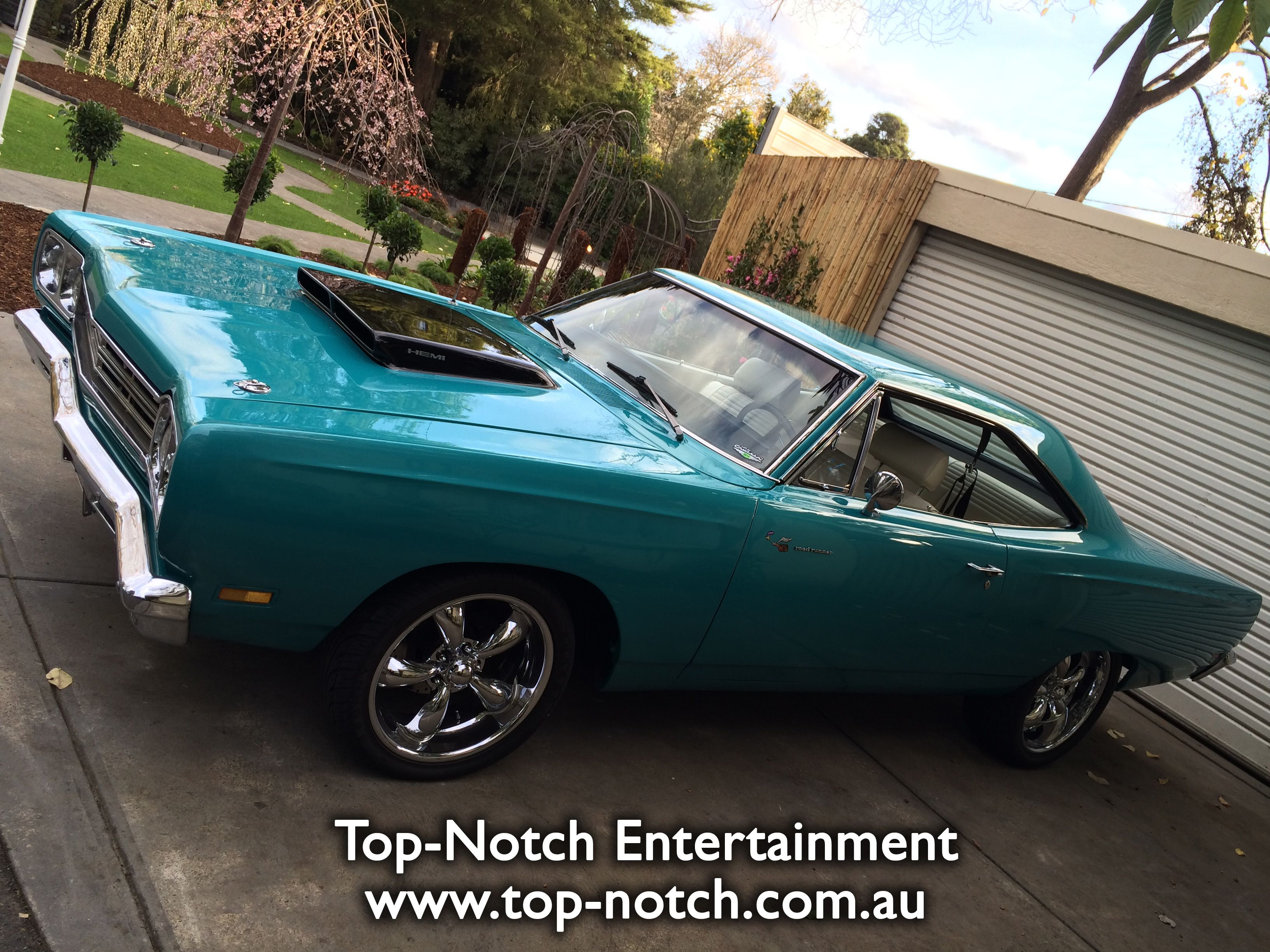 An amazing American muscle car, a Hemi 'Road Runner' at ...
