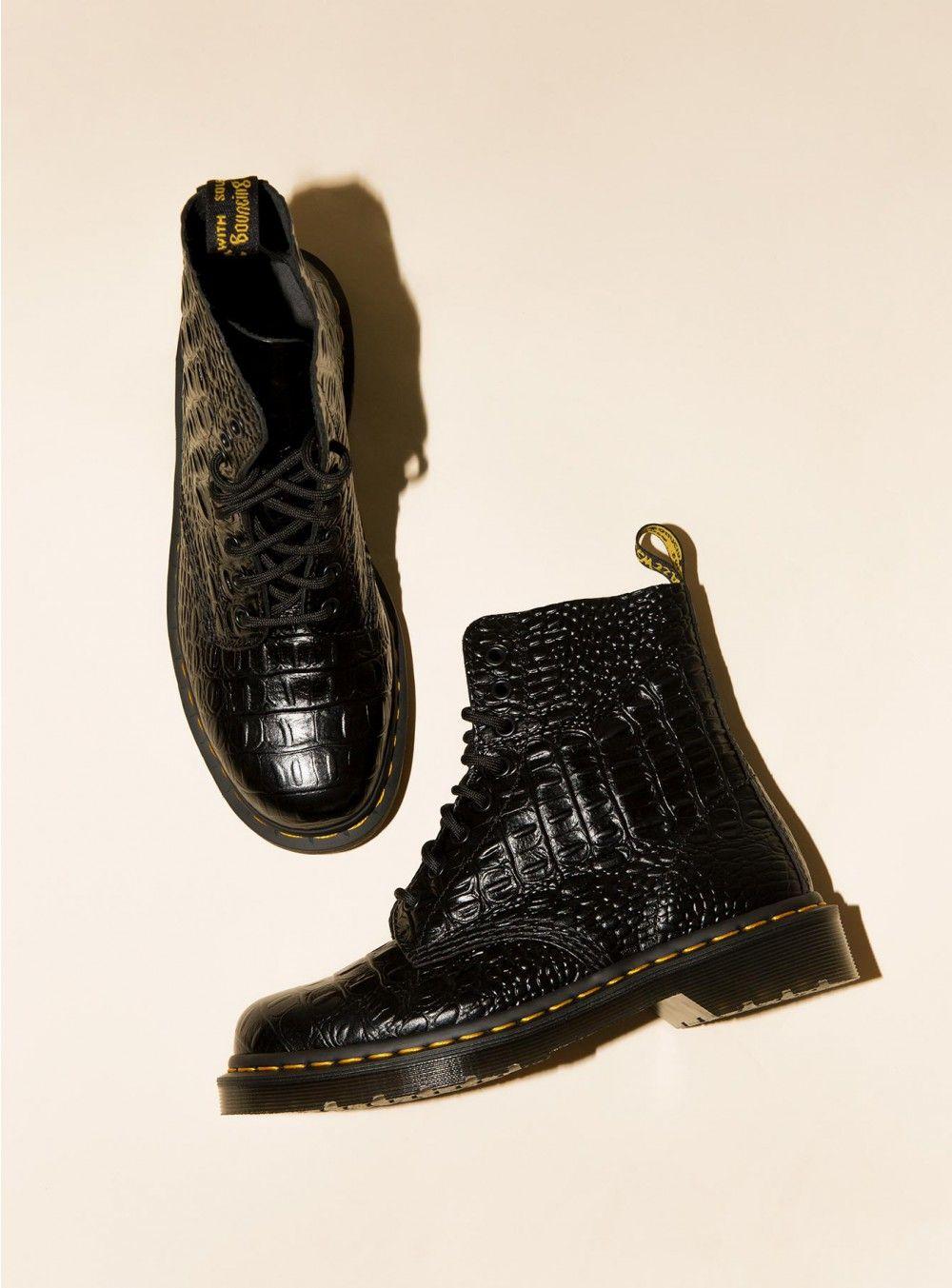 f94152c78b17 Dr. Marten Pascal Croc Boots