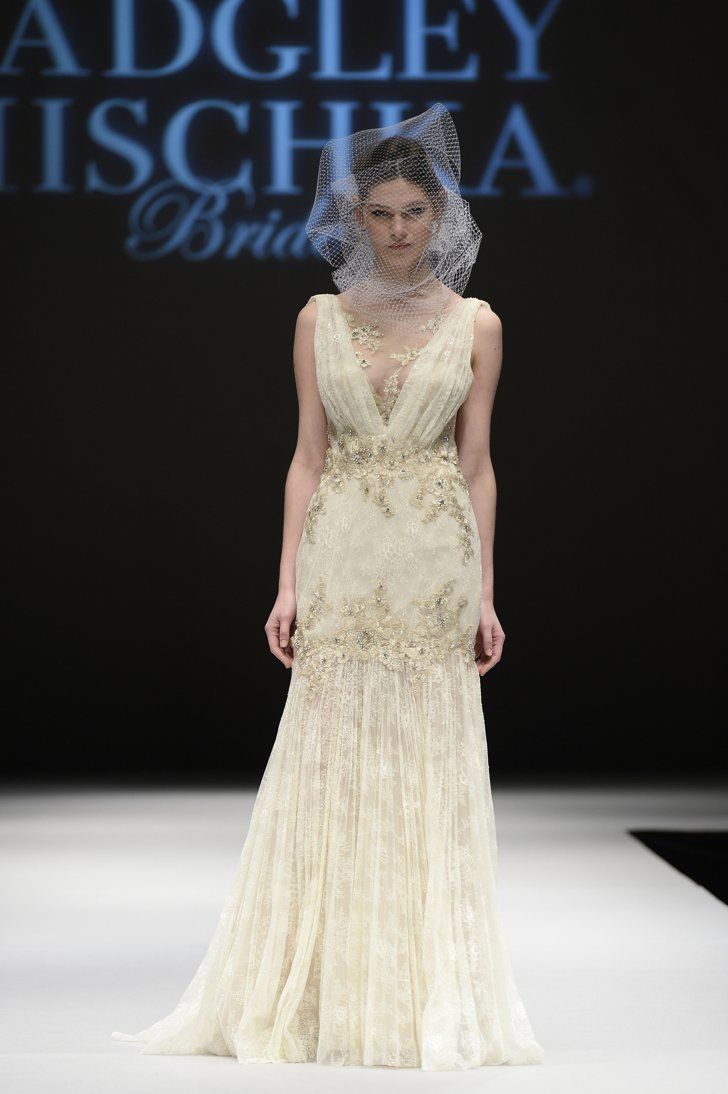 Badgley mischka wedding dress  Badgley Mischka Bridal Autumn   PopSugar and Badgley mischka bridal