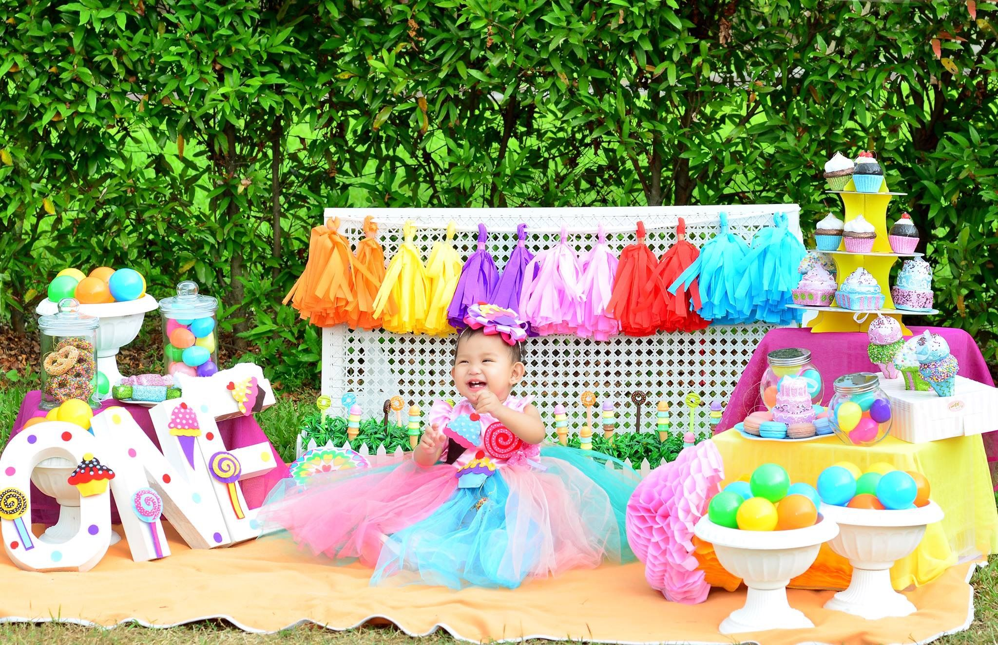 Candyland Diy Photoshoot Candy Land Birthday Party Candyland Birthday Candy Photoshoot